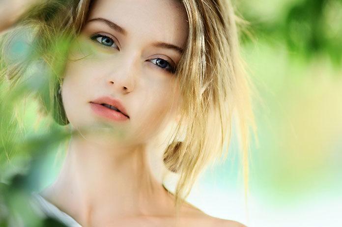 Jak zadbać o jędrny biust, niezależnie od rozmiaru i wieku?