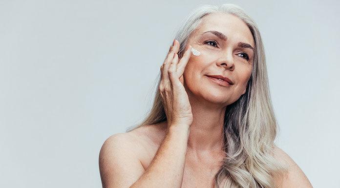Jak wypełnić zmarszczki bez zabiegów kosmetycznych